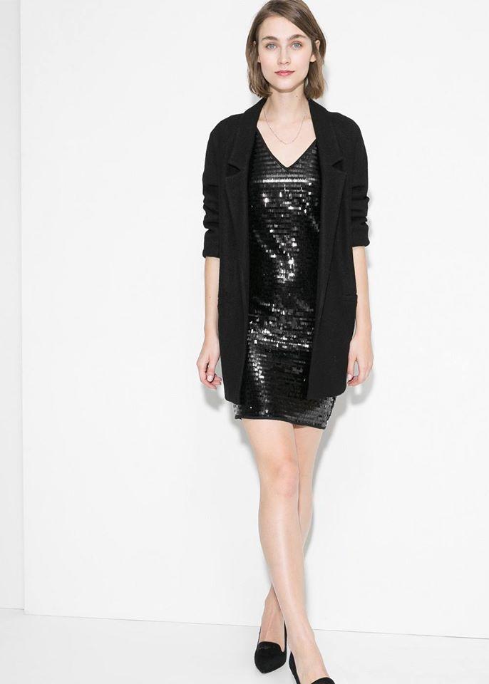 Un look genial, todo de negro ¡Para todas las edades y sin verte aburrida!