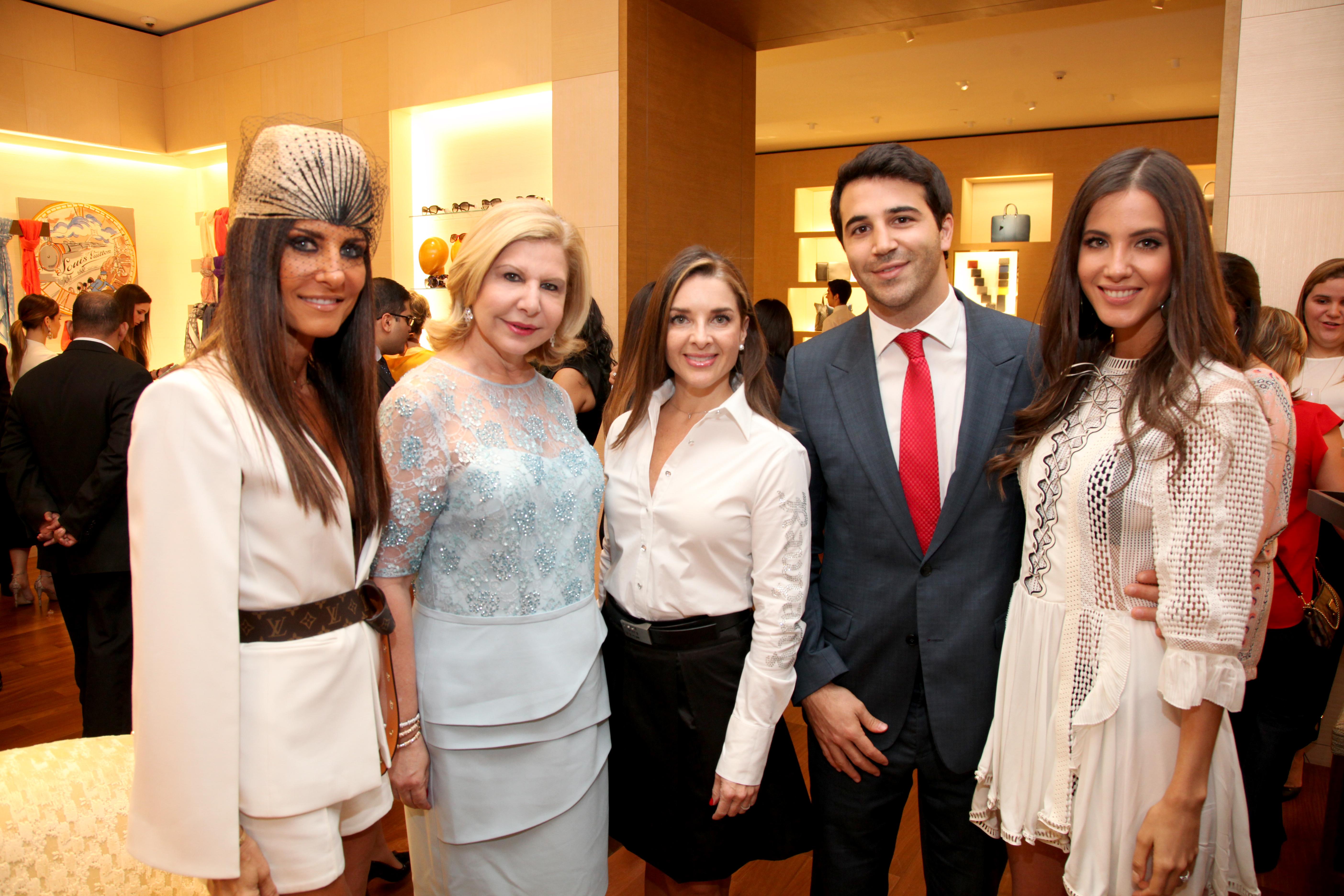 Foto 5.-Maria J Lovera, Anabella Nahem, Carolina Ramiěrez, Federico Pauls, Jessica Barboza