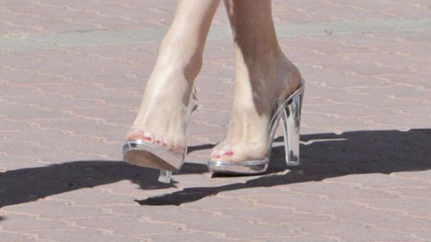 Zapatos-Reina-Letizia_TINIMA20150521_0134_20