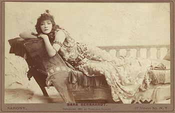 Sarah_Bernhardt_TCS_2_(Cleopatra)