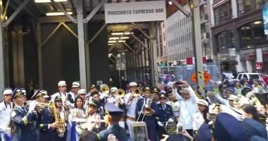 desfile-realizo-tarde-Nueva-York_LPRIMA20151013_0128_32