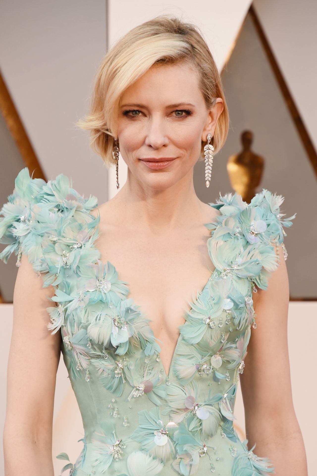 cate-blanchett-oscars-2016-in-hollywood-ca-2-28-2016-1