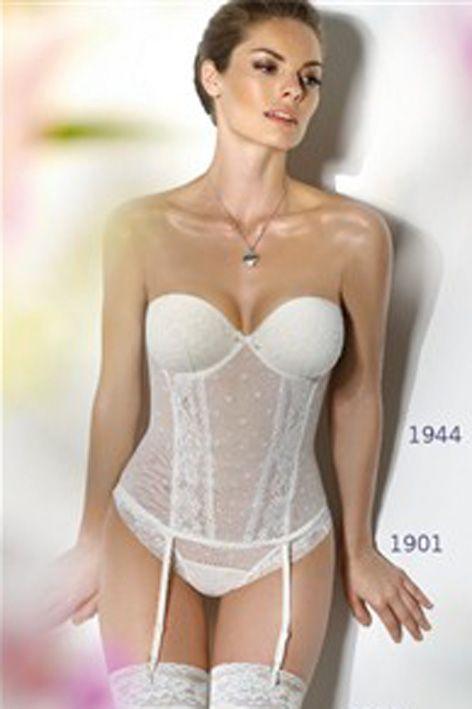 49498b545b46 Después asumirá la función de corregir y modelar la figura femenina, hasta  convertirse en la actualidad en un arma de seducción que está cobrando  mucha ...