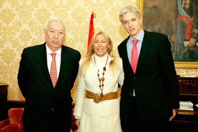 Ministro Jose Manuel G Margallo Santiago Velo De Antelo