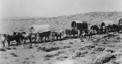 wagon_train_photo_large