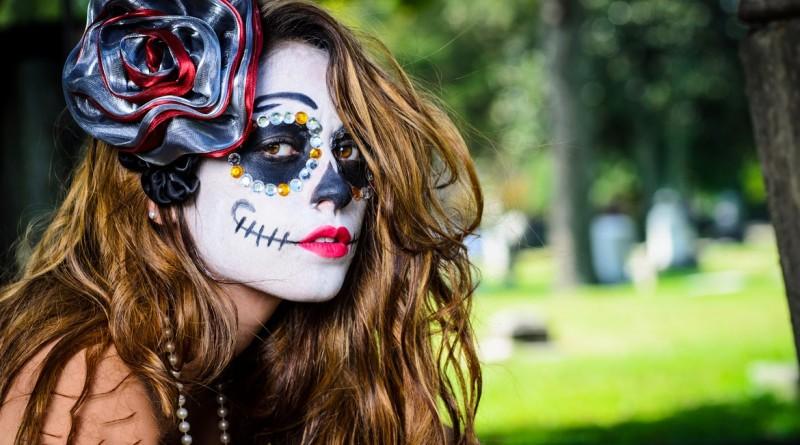 imagenes-dia-de-muertos-todos-santos-halloween-disfraces-caracterizaciones-catrina-flores-maquillaje-make-up-3