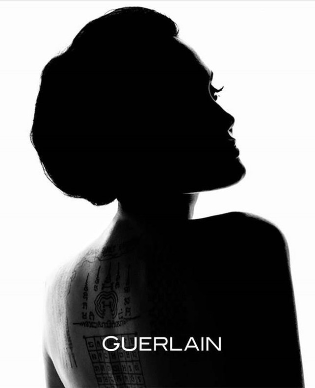Angelina Jolie, la sensual imagen de Guerlain