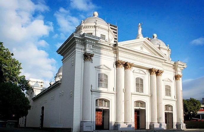 Basílica-de-Santa-Teresa-de-Caracas