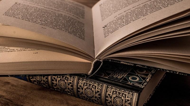 literature-3327172_960_720