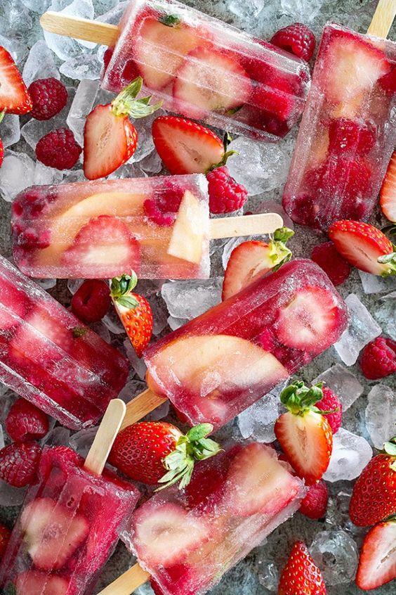 Un divino helado de vodka y fresas