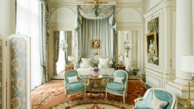 ritz-paris-hotel-suite-imperiale-chambre1_1_0