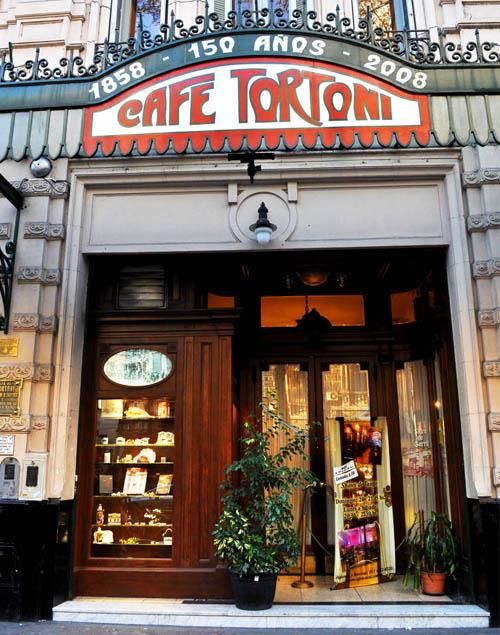 Café Tortoni de Buenos Aires, 160 años de tradición porteña