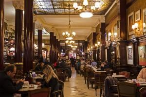 cafe_tortoni2