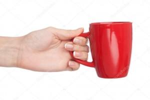 sostener la taza de cafe 1