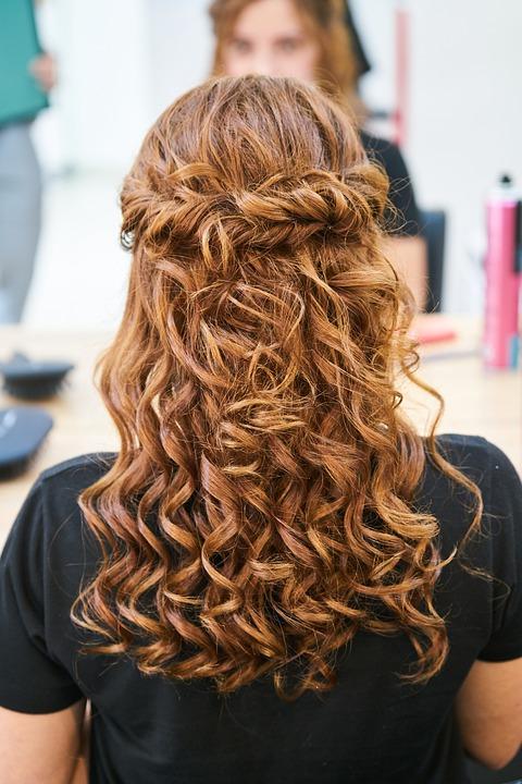 Tips para cuidar el cabello rizado