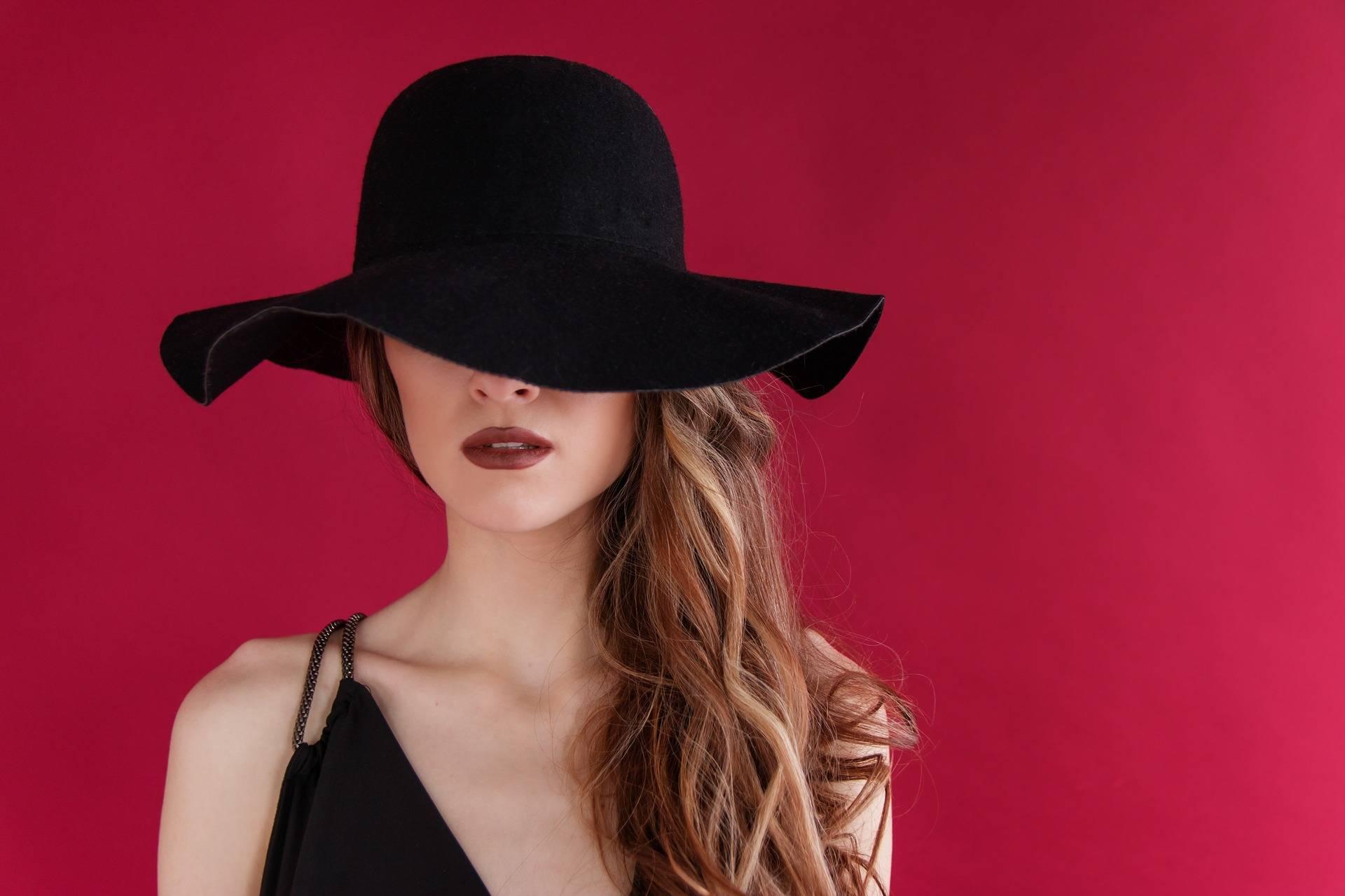 Los divinos sombreros  y cómo usarlos según tu tipo de rostro