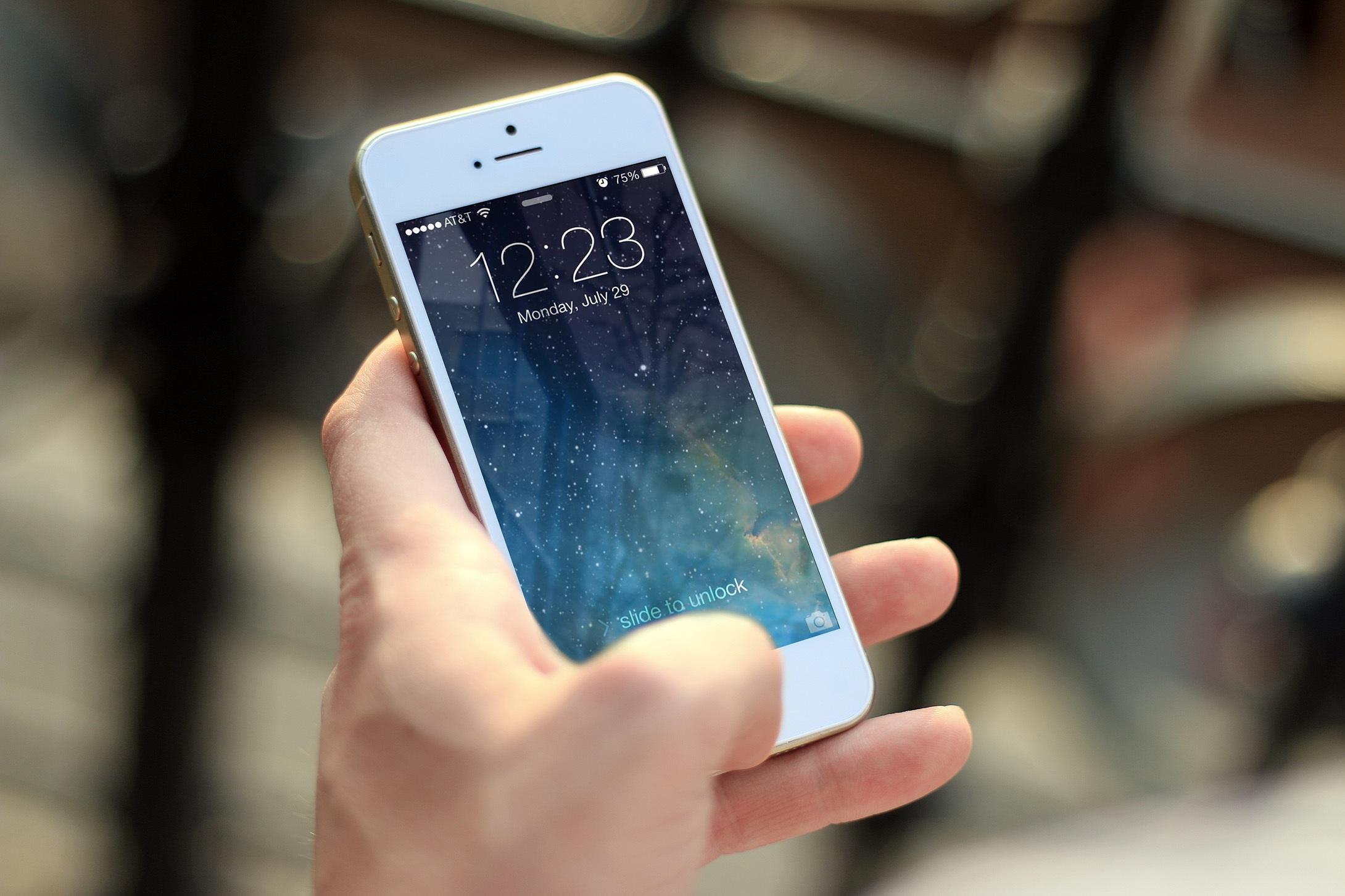 Tips de buenos modales con el celular