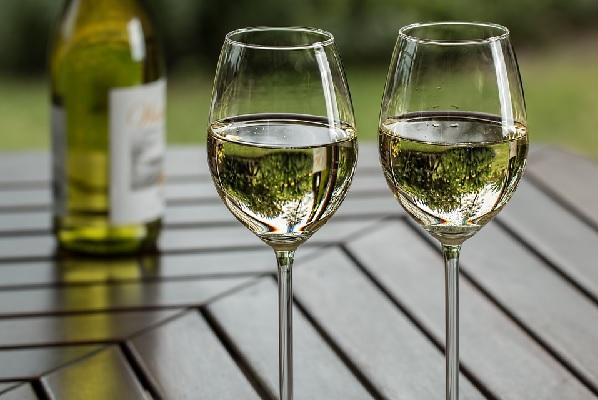 Tipos de vino blanco, vino blano dulce, vino blanco seco