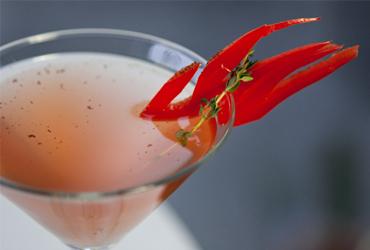 Prueba estos drinks tan sofisticados con inusual combinación de ingredientes  y picantes !