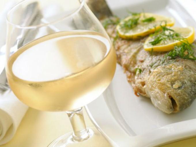 Qué vino elegir para comer pescados y mariscos