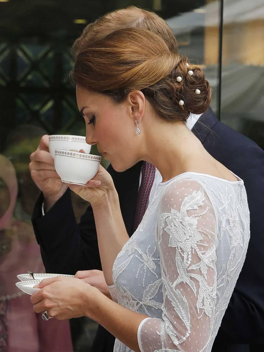 Cómo toman el té los ingleses de la Casa Real