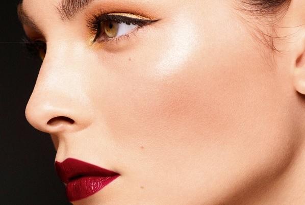 El maquillaje Chanel para Navidad ¡lleno de elegancia!